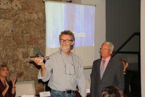 Recibiendo el Premio XAM de Artes Plásticas, otorgado por el Rotary Club Palma Ramón Llull. Junio 2017