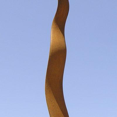 Infinita, 2010. Hierro fundido / Iron cast. 126 x 23 x 23 cm.